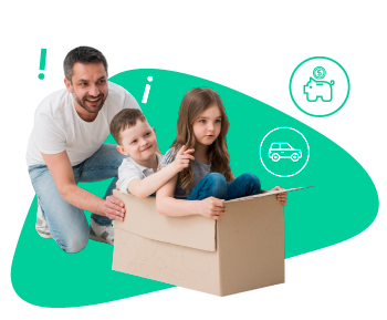 Papá jugando con sus hijos y una caja